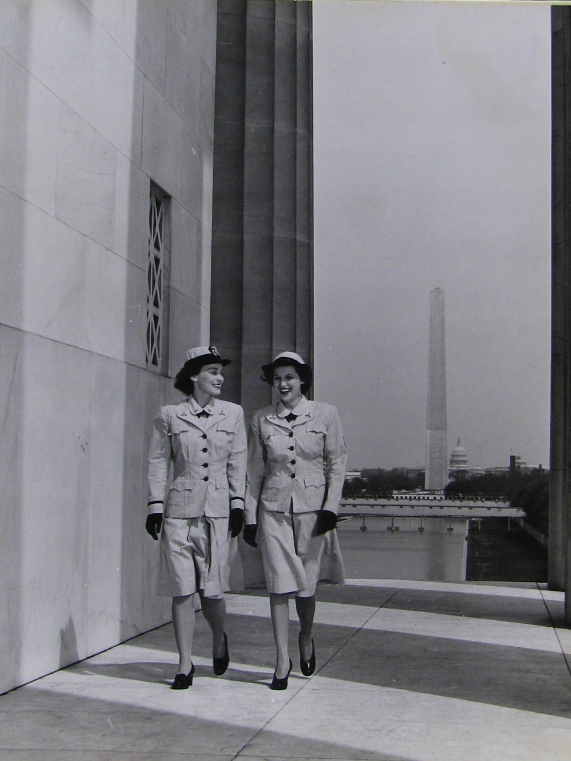 WAVES model new uniforms, D.C.