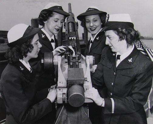 WAVES inspecting 20mm gun.